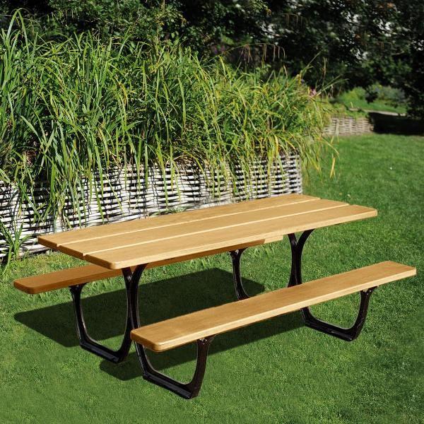 table pique nique great table piquenique alpille u structure pitement en bton arm lames en bois. Black Bedroom Furniture Sets. Home Design Ideas